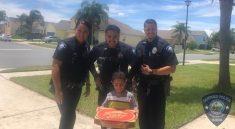 policie dodává pizzu